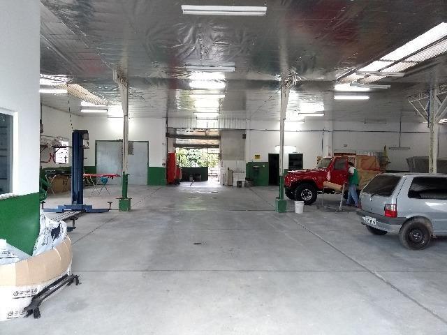 Galpão industrial e comercial, c/ 627,60 m², c/ casa de 192,66 m², valor 1.200.000,00 - Foto 4