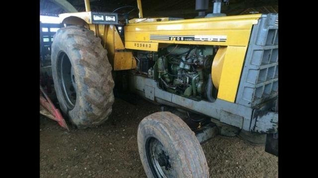Vendo ou troco - Trator CBT 2105 Muito Novo! - Foto 2