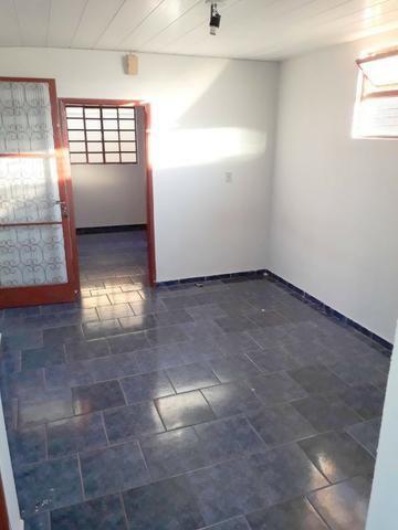Cód. 6017 - Casa/Barracão e Terreno na Vila Góis - Donizete Imóveis - Anápolis/Go - Foto 8