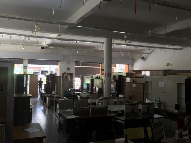 Vendo prédio comercial em av. movimentada - Foto 3