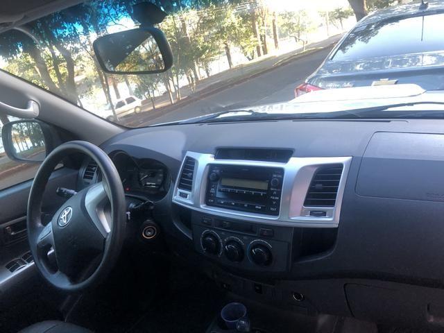 Toyota Hilux SR 4x4 3.0 8V 116CV TB DIESEL / pneu NOVO / todas revisões na Toyota - Foto 17