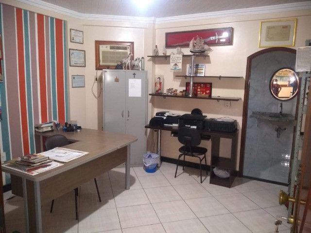 Linda mansão no centro de Castanhao por 1.800.000,00 - Foto 5