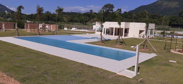 O Condomínio Dom Village Residencial está imperdível e fica próximo do Centro de Maricá - Foto 18