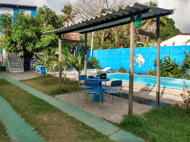Alugo casa/espaço com piscinas - Foto 2