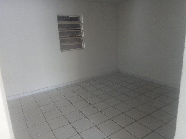 Vendo casa de 3 quartos Rio doce - Foto 9