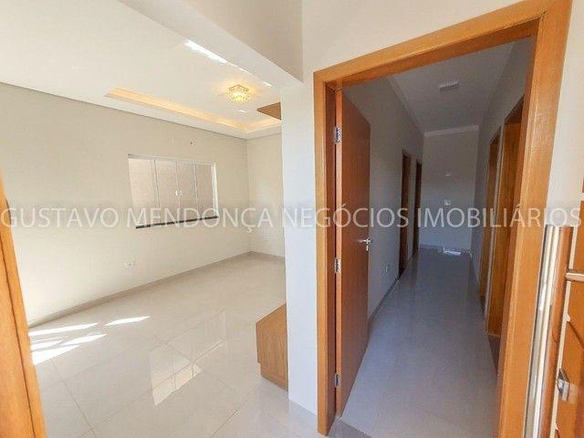 Casa com 3 quartos e espaço gourmet no Rita Vieira 1- Ótima localização! - Foto 17