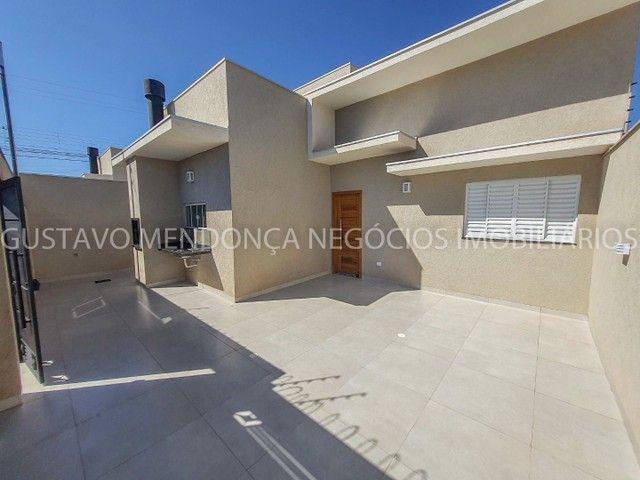 Casa com 3 quartos e espaço gourmet no Rita Vieira 1- Ótima localização! - Foto 3