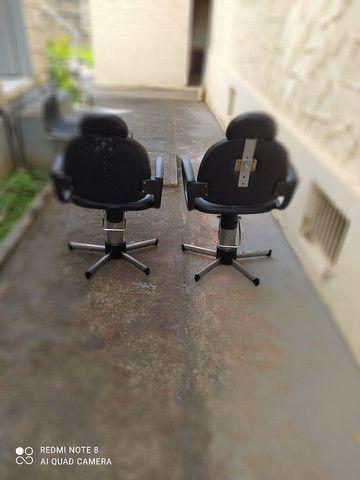 Cadeiras hidráulicas para salão - Foto 3