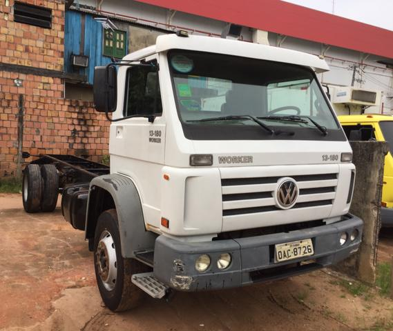 Vendo ou Troc VW 13.180 Worker 10/11 no Chassi