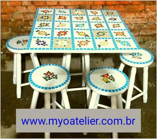 Conjunto mesa mosaico madeira com mosaico