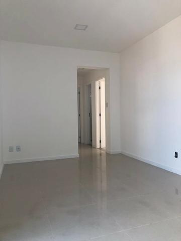 Excelente apartamento no Dom Vertical em Feira de Santana - Foto 2