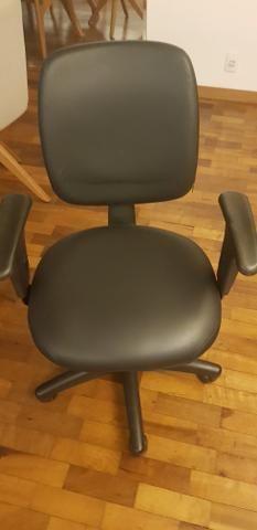 Cadeira de Escritório Giratoria - Foto 2