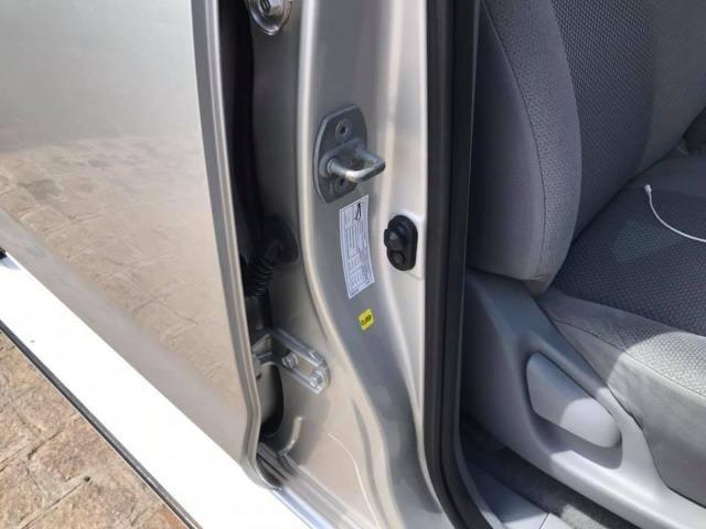 Hilux Cd SRV D4-D 4x4 2006 3.0 TDI Diesel Aut. Aceito Troca - Foto 11