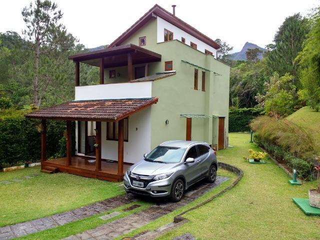Casa de condomínio próximo ao hotel Le Canton, Teresópolis