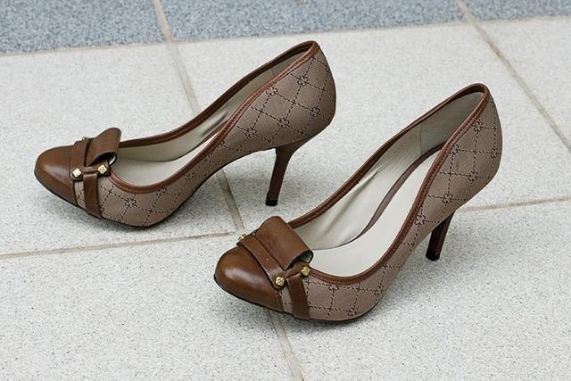 560c3aca76 Sapato de salto alto