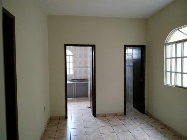 (R$175.000) Casa c/ 03 Quartos, Varanda Grande e Garagem no Bairro Santa Rita (parte alta) - Foto 6