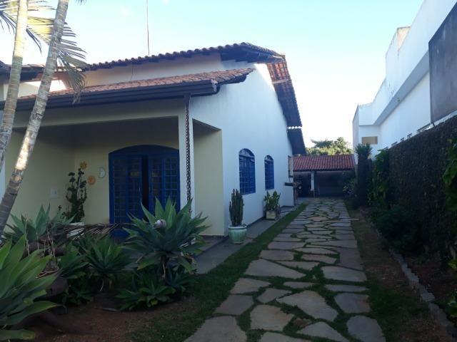 Vendo linda casa em condomínio fechado na DF 425(Pego sua casa no Setor de Mans?es!)