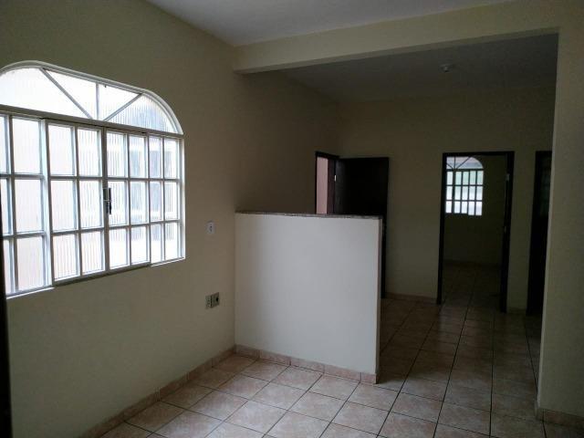 (R$175.000) Casa c/ 03 Quartos, Varanda Grande e Garagem no Bairro Santa Rita (parte alta) - Foto 5