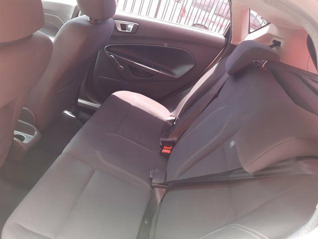 New Fiesta Hatch 1.5 SE * 2014 - Foto 13