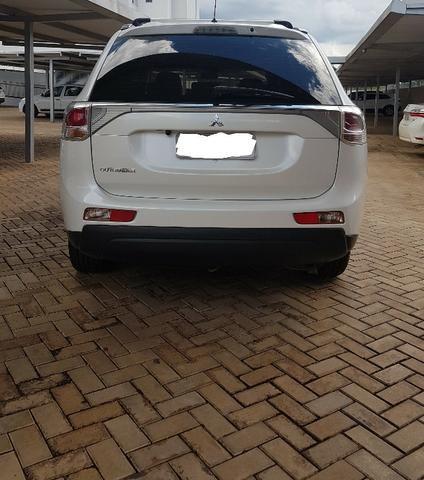 Mitsubishi Outlander 2014 - Branco Perolizado - Foto 8