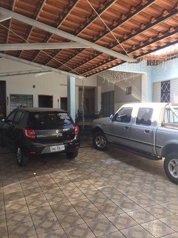 Casa térrea de esquina - Setor Morais, Bairro Feliz - Foto 2