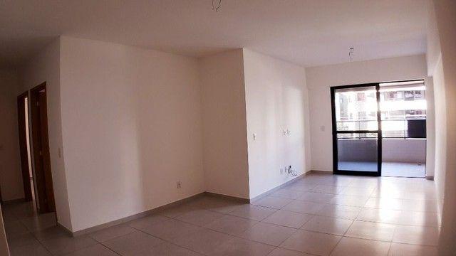 Vendo EVILÁSIO CORREIA 109 m² 3 Quartos 1 Suíte 3 WCs 2 Vagas PONTA VERDE - Foto 2