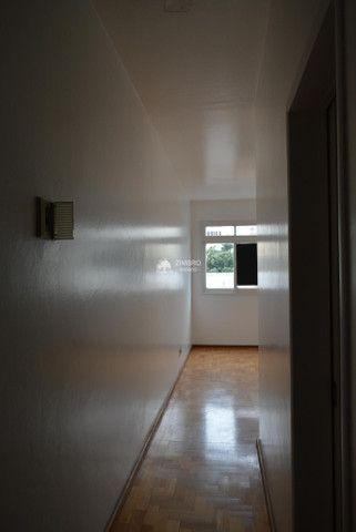 Apartamento 3 Dormitórios com sacada - Uma quadra do Calçadão - Foto 4