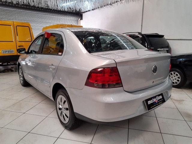 Volkswagen Voyage 1.6 Trend 4p Flex 2009 Prata Completo Muito Novo Doc OK - Foto 2