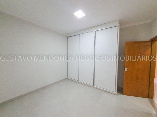 Casa com 3 quartos e espaço gourmet no Rita Vieira 1- Ótima localização! - Foto 7