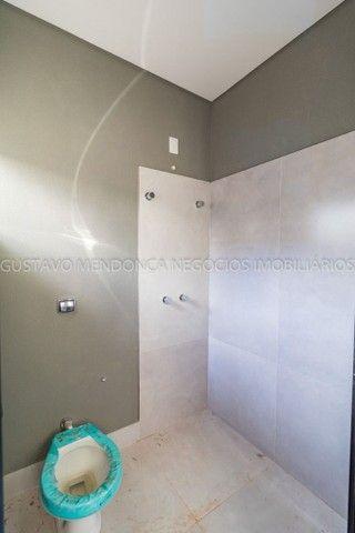 Belíssima casa-térrea no Rita Vieira 1 - Alto padrão de acabamento!! - Foto 13