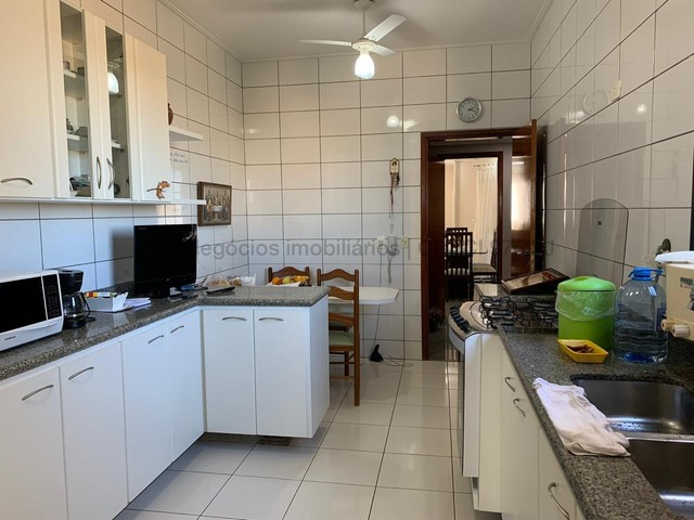 Amplo apartamento em excelente localização - Monte Castelo - Foto 12