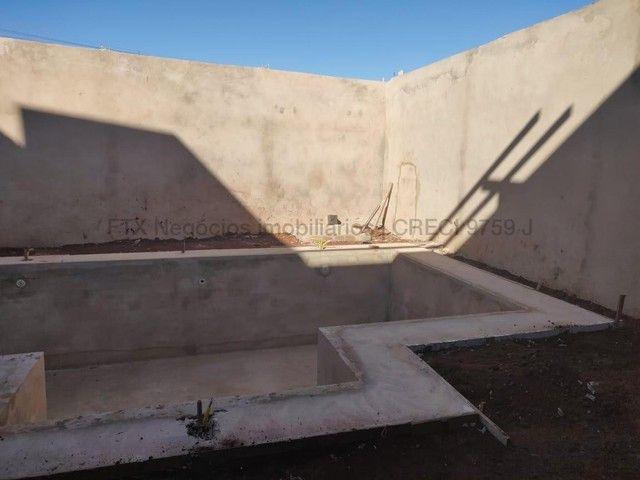 Sobrado com projeto moderno, paisagismo e piscina. - Foto 5