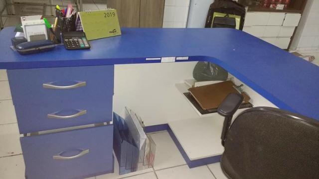 Mesa escritorio em L - Foto 2