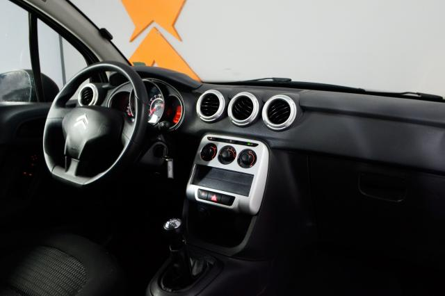 Citroën C3 Origine 1.5 Flex 8V 5p Mec. - Preto - 2014 - Foto 8