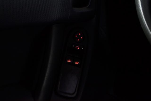 Citroën C3 Origine 1.5 Flex 8V 5p Mec. - Preto - 2014 - Foto 19