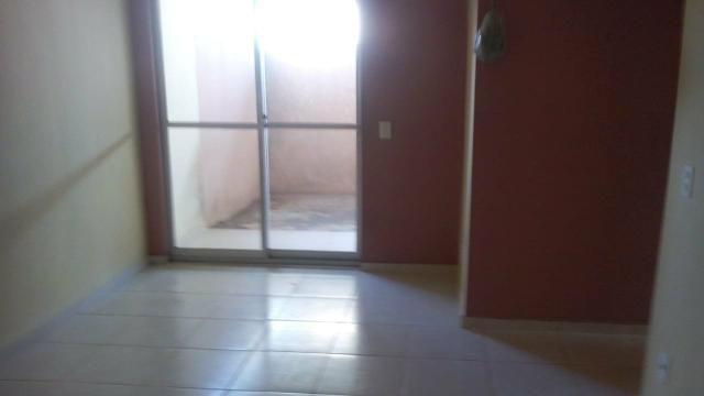 Aluga-se apartamento no condomínio Salinas - Foto 5