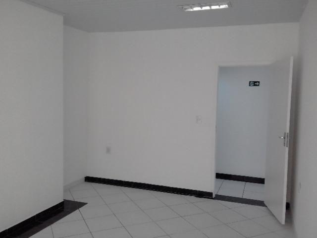 Salas comerciais em Várzea Paulista - SP. Excelente para, estética, escritório, lojas etc - Foto 6