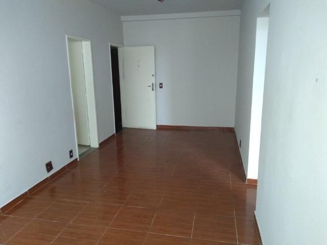Alugo Todos os Santos apartamento 3 qts 2 banheiros elevador e vaga - Foto 3