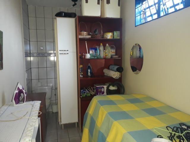 Vendo linda casa em condomínio fechado na DF 425(Pego sua casa no Setor de Mans?es!) - Foto 14