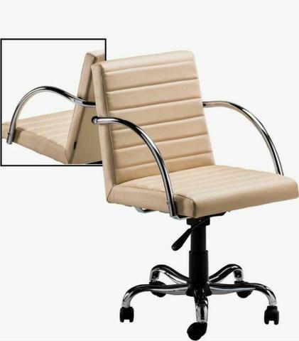 Móveis e cadeiras - Foto 2