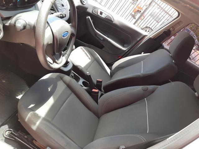 New Fiesta Hatch 1.5 SE * 2014 - Foto 10
