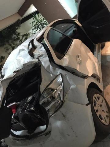 Ford Ka 2015 batido para sucata - Foto 2