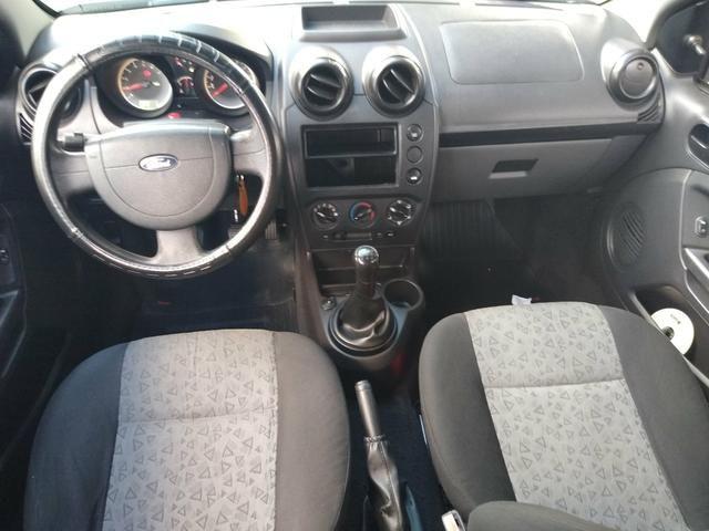 Fiesta 2011 Sedan 1.6 completo * trocas ler condições - Foto 8