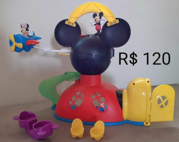 Brinquedos Mickey