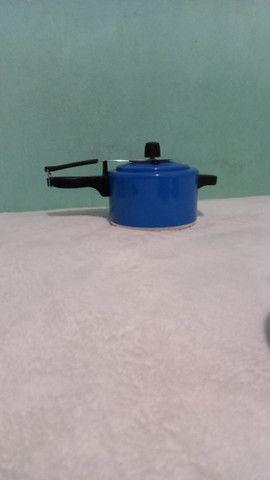 Panela de pressão 2,5 litros  - Foto 2
