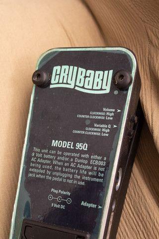 Pedal de Wahwah Dunlop CryBaby 95Q c/ Boost - Foto 3