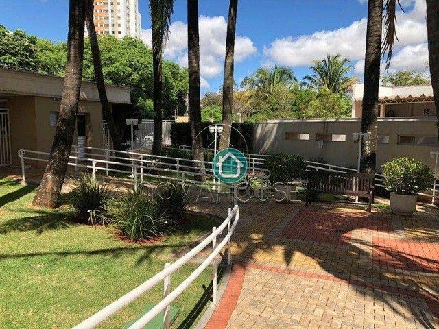 Apartamento com 3 dormitórios à venda, 69 m² por R$ 370.000,00 - Monte Castelo - Campo Gra