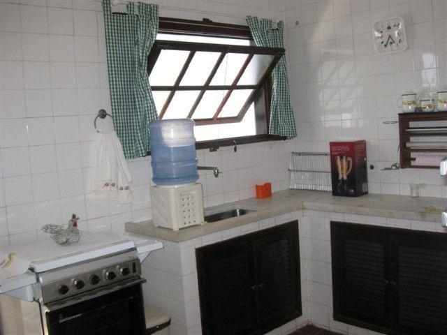 Casa em Praia Linda, Região dos Lagos, a 100 metros da lagoa, ampla, arejada, de 131m2 - Foto 12