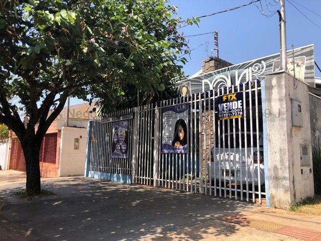 Casa à venda, 2 quartos, 2 vagas, Amambaí - Campo Grande/MS