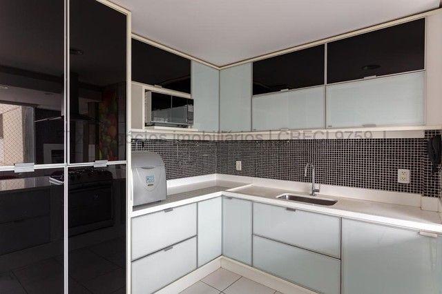 Apartamento impecável, todo decorado e mobiliado - Centro - Foto 9